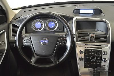 Volvo XC60 3.0T Dynamic - 2011 (15).JPG