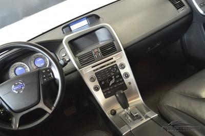 Volvo XC60 3.0T Dynamic - 2011 (14).JPG