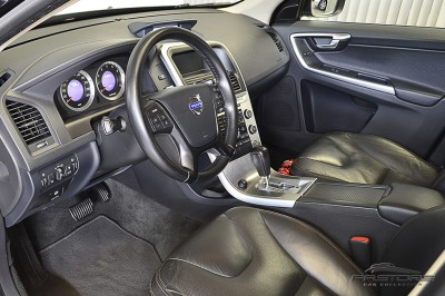 Volvo XC60 3.0T Dynamic - 2011 (4).JPG