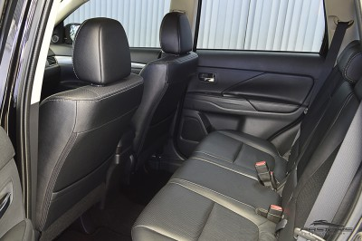 Mitsubishi Outlander GT 2014 (16).JPG