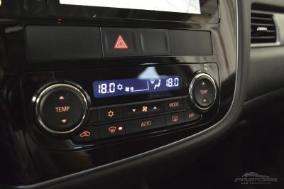 Mitsubishi Outlander GT 2014 (24).JPG