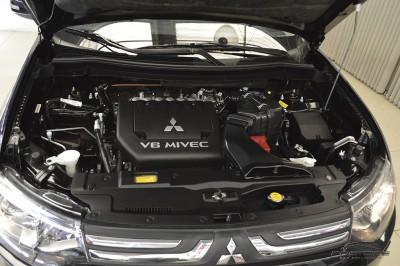 Mitsubishi Outlander GT 2014 (9).JPG