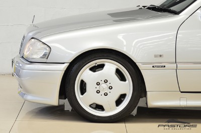 Mercedes-Benz C36 AMG 1997 (10).JPG