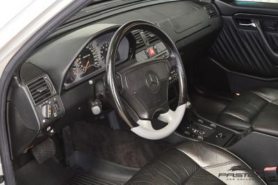 Mercedes-Benz C36 AMG 1997 (4).JPG
