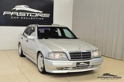 Mercedes-Benz C36 AMG 1997 (8).JPG