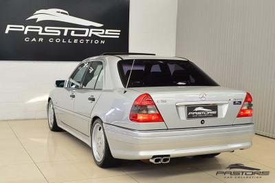 Mercedes-Benz C36 AMG 1997 (11).JPG