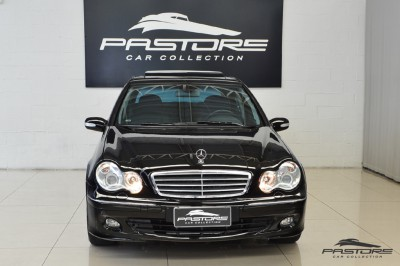 Mercedes-Benz C230 2006 (7).JPG