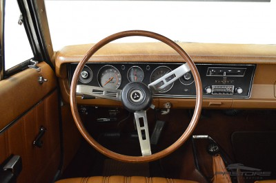Dodge Dart 1977 (31).JPG