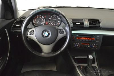 BMW 120i 2007 (17).JPG