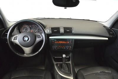 BMW 120i 2007 (5).JPG