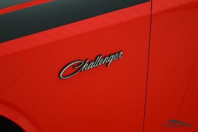 Dodge Challenger RT (12).JPG