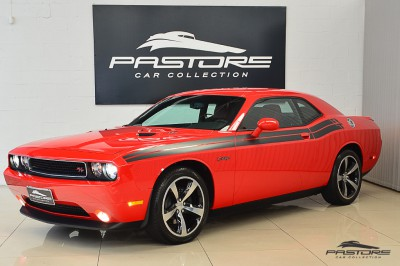 Dodge Challenger RT (1).JPG