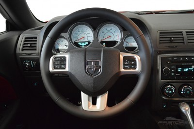 Dodge Challenger RT (19).JPG