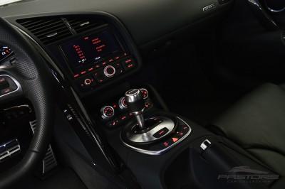 Audi R8 5.2 V10 FSI 2012 (29).JPG