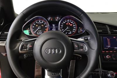 Audi R8 5.2 V10 FSI 2012 (5).JPG