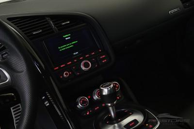 Audi R8 5.2 V10 FSI 2012 (30).JPG