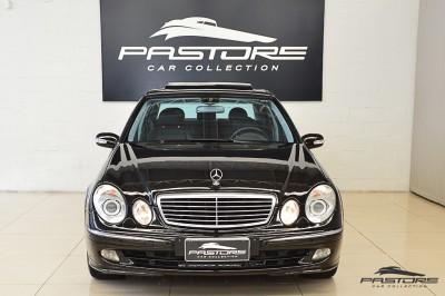 Mercedes-Benz E320 2005 (7).JPG
