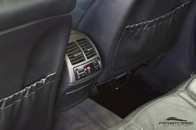 Mercedes-Benz E320 2005 (14).JPG