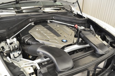 BMW X6 xDrive 50i (6).JPG