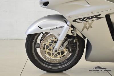 Honda CBR 1100XX Super Black Bird (9).JPG