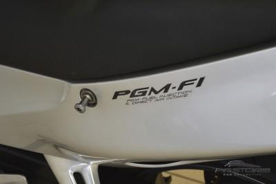 Honda CBR 1100XX Super Black Bird (7).JPG