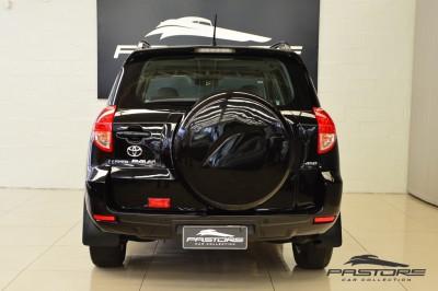 Toyota RAV 4 (3).JPG