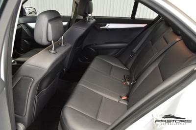 Mercedes-Benz C200 Avantgarde 2013 (14).JPG