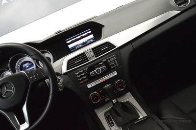 Mercedes-Benz C200 Avantgarde 2013 (20).JPG