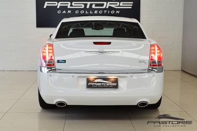 Chrysler 300C 2012 (3).JPG