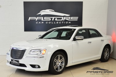 Chrysler 300C 2012 (1).JPG