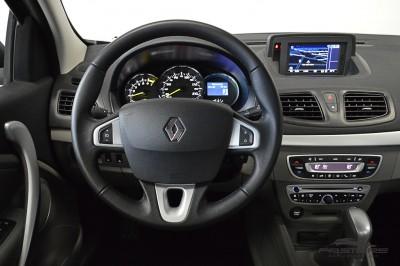 Renault Fluence Privilége 2013 (18).JPG
