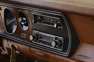 Dodge Charger RT 1977 (28).JPG