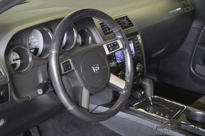 Dodge Challenger SRT8 (30).JPG
