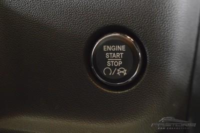 Dodge Challenger SRT8 (33).JPG