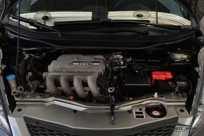 Honda Fit LX 2009 (6).JPG