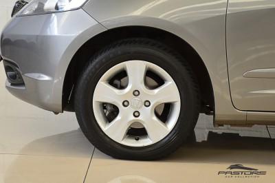 Honda Fit LX 2009 (9).JPG