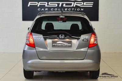 Honda Fit LX 2009 (3).JPG