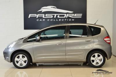 Honda Fit LX 2009 (2).JPG