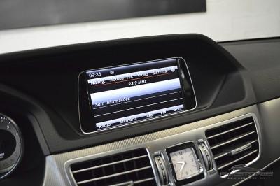 Mercedes-Benz E250 Avantgarde 2014 (32).JPG