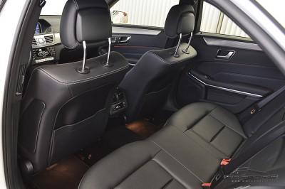 Mercedes-Benz E250 Avantgarde 2014 (19).JPG