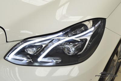 Mercedes-Benz E250 Avantgarde 2014 (10).JPG