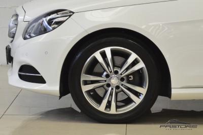 Mercedes-Benz E250 Avantgarde 2014 (14).JPG