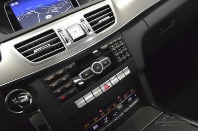 Mercedes-Benz E250 Avantgarde 2014 (31).JPG