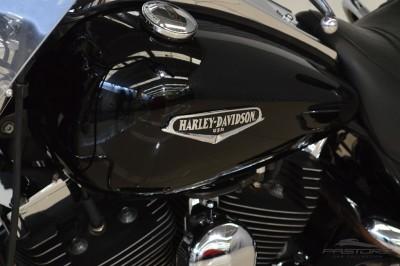 Harley-Davidson (8).JPG