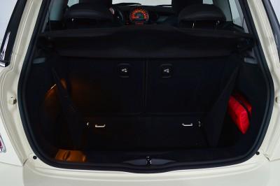 Mini Cooper S 2010 (42).JPG