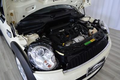 Mini Cooper S 2010 (24).JPG