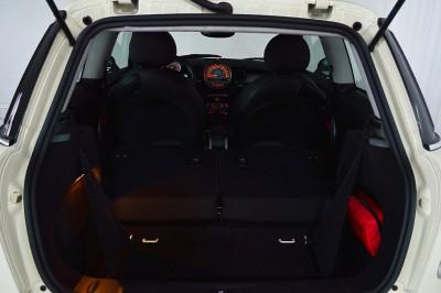 Mini Cooper S 2010 (45).JPG