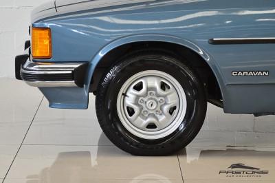 Chevrolet Caravan 1982 (15).JPG