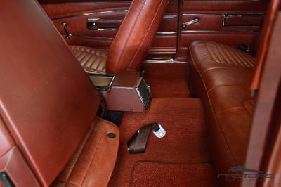 Dodge Charger 500 1970 (37).JPG