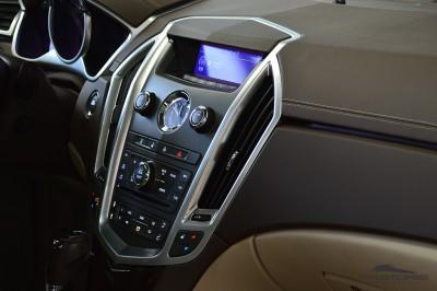 Cadillac SRX  (21).JPG